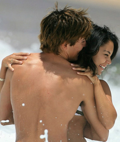 Zac Efron and Vanessa Hudgens Beach Escapade